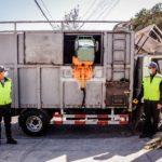 Pyme de recicladores base de Independencia y Recoleta reciben moderno alza contenedor