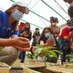 Estudiantes de San Pedro de Atacama fortalecen su especialidad agrícola con gira tecnológica por Tamarugal